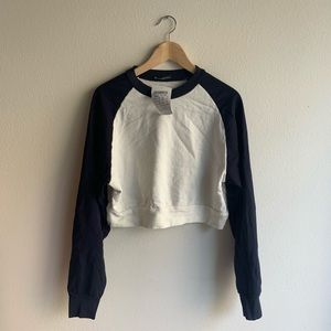 Brandy navy raglan sweatshirt